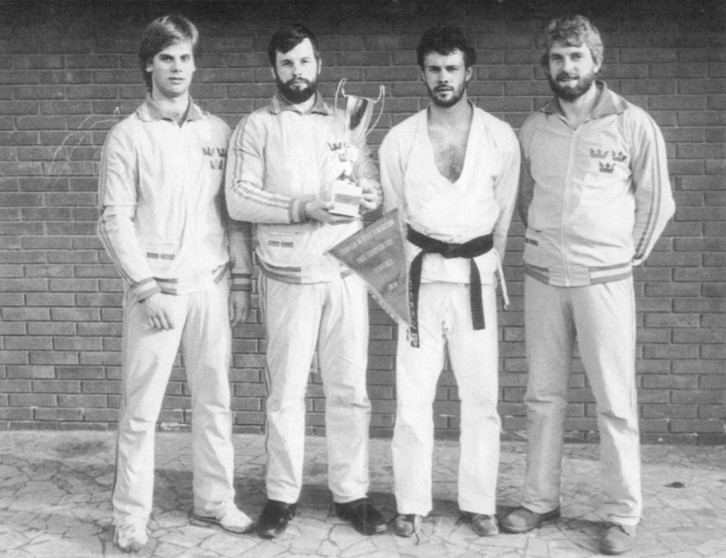Hans Greger som guldmedaljör i det första europamästerskapet i jujutsu den 19 maj 1979.